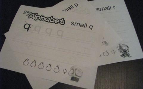 セナパパのゲーム式ALPHABETの書き方練習 妖怪VERSION 小文字(p ~ t)